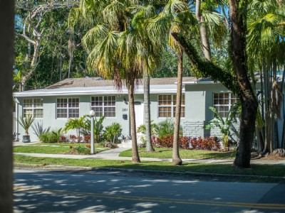 3 BR/3 BA North Coconut Grove Home