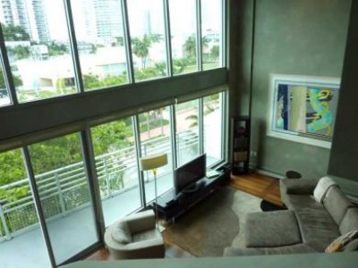 SoBe - 3BR Loft/Duplex &amp; Roof Deck- $830k