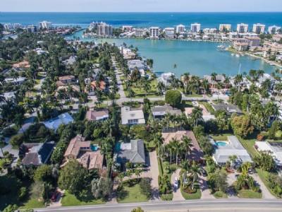 2705 Crayton RD, Residence beach Park