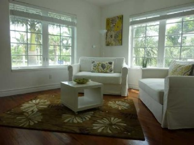 Art Deco - South Beach 1BR, $219k