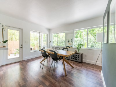 Coconut Grove Renovated 3/2 + Guest House