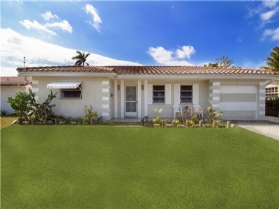 Gorgeous Lakefront Home Just Listed In Miramar Isles!!!