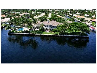 Full Point Lot Directly On The Intracoastal Waterway