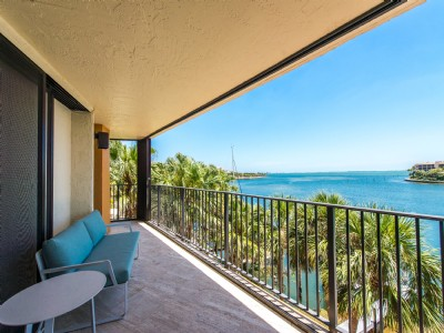 1700 S Bayshore Lane #4A (Port by Water), Coconut Grove, FL 33133