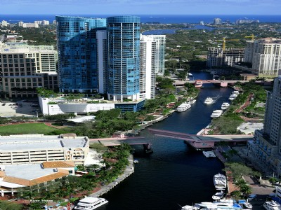 Contemporary Waterfront Condo - Las Olas River House