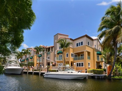 Deep Waterfront Townhome
