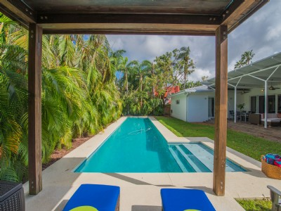 6 Bedroom Coconut Grove Home / One Floor / Renovated / 14,000 Sq/ft Lot